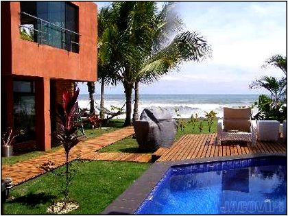 Vacation rental on Hermosa Beach in Costa Rica