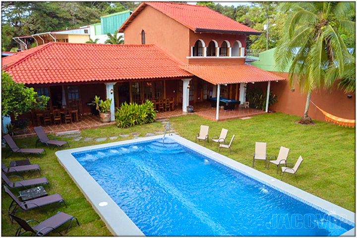 Casa Cinco vacation rental house in Jaco