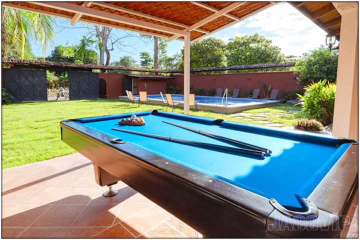 Pool table open air