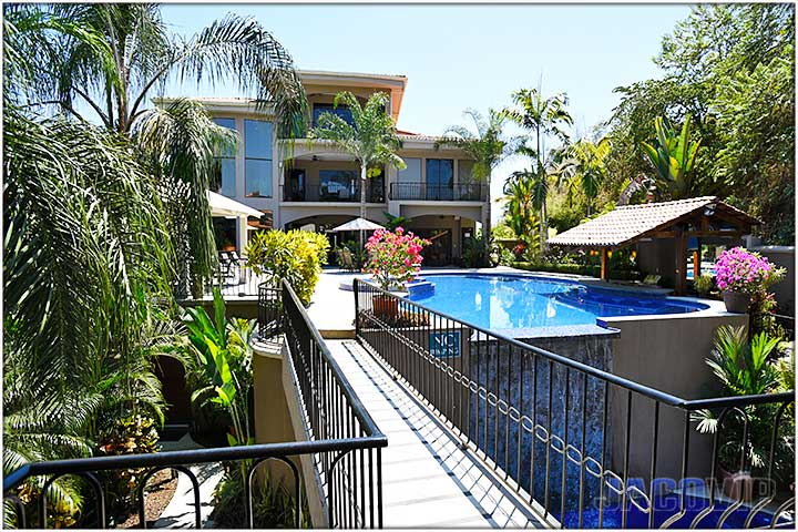 Casa Ponte Has Plenty Of Room For Entertaining The Best Place In Costa Rica Weddings Bachelor Parties Family Vacations Corporate Retreats And
