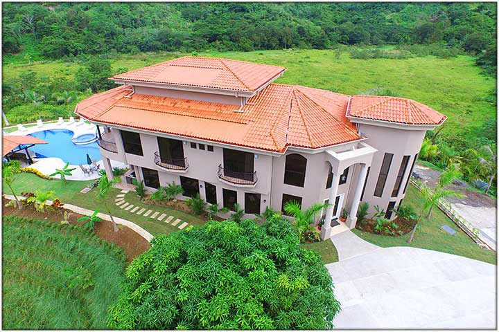 Awesome luxury rental house ideal for your Costa Rica Bachelor Party Stag.