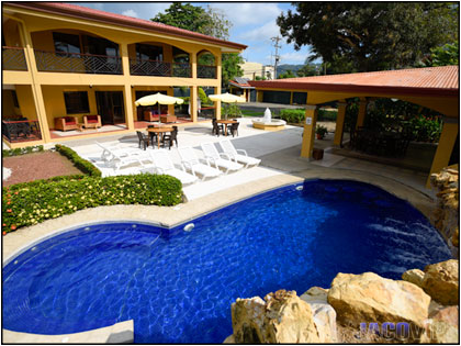 Jaco Center 8 Bedroom Vacation Rental