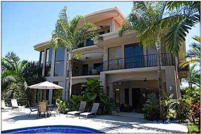 Bachelor party vacation rental villa and mansion